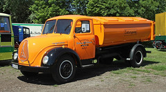 Magirus-Deutz garbage truck (Schwanzus_Longus) Tags: wilhelmshaven german germany old classic vintage vehicle truck lorry trash garbage waste removal dust bin dustbin magirus deutz s3500