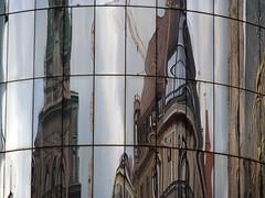 P5050574 (L.la) Tags: reflet refleturbain vienne vienna wien argentique autriche austria osterreich eu europe europa europeonflickr olympus olympusepl5 epl5 micro43 mirorless urban