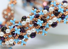 Sharlyne Bracelet (BeeJang - Piratchada) Tags: beadweaving beadwork beading beaded bracelet jewelry czechfirepolished pearl gold blue handmade pattern tutorial