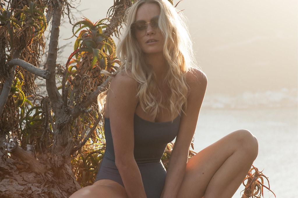 Laya Bikini 87
