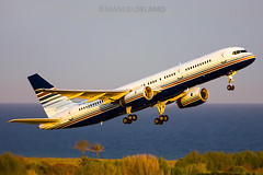EC-ISY / Privilege Style / Boeing 757-256 / Barcelona (BCN/LEBL) / 06-04-2017 (ManuelDelAmo) Tags: ecisy privilegestyle vueling boeing 757256 752 757 vlg8560 aviation civilaviation commercialaviation aircraft airplane plane heavy widebody departure takeoff runway 25l photography aviationphotography spotting planespotting jetphotos wwwjetphotosnet airport barcelona bcn lebl elprat elpratdellobregat manueldelamo