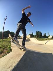 Bs blunt (Aurélien Girard) Tags: skate skateboard skateboarding blunt fisheye pixter iphone sedan skatepark