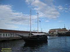 Partida (Janos Graber) Tags: barco marinha água nuvens riodejaneiro marinhadobrasil partida