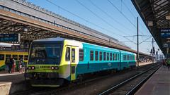 "945 103 mit AEx 1041 ""Arriva Express"" in Praha hl.n"