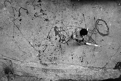 Creating Art (Rk Rao) Tags: creatingartstreetphotographychildrenplaying peopleplacesstoriestruelifedailylifeblackandwhiterkr newdelhi delhi india peopleplacesstoriestruelifedailylifeblackandwhiterkrao