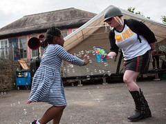 """Playing with Bubbles (Tim Dennell) Tags: """"sharrowfestival"""" sheffield 2017 music dance stalls food multicultural community"""