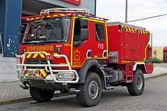 RENAULT D 280 4X4 BRP (Martin J. Gallego. Siempre enredando) Tags: emergency emergencyvehicles emergencia emergencias bomberos renault renaultd renaultvi renaulttrucks