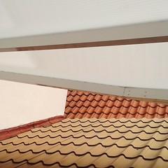 Il punto fermo è comunque l'inizio (plochingen) Tags: belgium countryside belgio belgica abstract abstrait astratto minimal less derive roof tiles tuiles tetti dächer