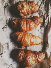 #croissant #mantequilla #barcelona #monpa (jaymendoza3) Tags: monpa barcelona croissant mantequilla