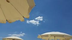 Beautiful Life  😄 (carlo612001) Tags: umbrellas holidays beach summertime ombrelloni spiaggia vacanze happyness suditalia italiadelsud salento italy italia estate