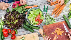 @DonJohnstonLC : goodhealth: 25 ways to cut 500 calories a day https://t.co/WHptbR1VEs (DonJohnstonLC) Tags: news limacharlienews limacharlie breaking war health politics human rights arts writing family healthylifestyle preparingfood eating berlin germany deu