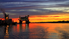 Solnedgang Karmsund juni -17 (bjarne.stokke) Tags: karmsundet haugesund kveld karmøy skyer solnedgang speiling sunset rogaland norway norge norwegen