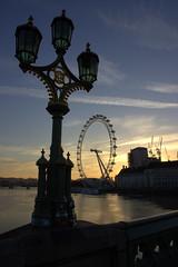 Sleepy Eye (Angeeeeelaaaaa) Tags: london westminsterbridge londoneye westminster sunset