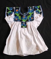 Oaxaca Zapotec Blouse Quialana Mexico (Teyacapan) Tags: blusa mexican oaxacan quialana zapotec clothing ropa textiles embroidered flowers