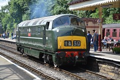 "British Railways Green Class 42, D832 ""Onslaught"" (37190 ""Dalzell"") Tags: britishrailways green swindonbuilt maybach dieselhydraulic warship class42 d832 onslaught dieselgala elr eastlancashirerailway boltonstreet bury"