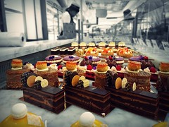 """Temptation"" (Chris Goodacre) Tags: harrods chocolate temptation chrisg35mm london uk mobilephonecamera android motog4 photoscape"