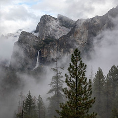 Bridal Veil Falls (Kirk Lougheed) Tags: bridalveilfalls california cathedralrocks tunnelview usa unitedstates yosemite yosemitenationalpark yosemitevalley autumn cloud clouds fall landscape mist nationalpark outdoor sky water waterfall