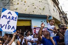 Um mar de gente nas ruas pedindo paz