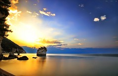 05.21 - 6.3.17 (Gio_guarda_le_stelle_see_you_in_september) Tags: sunrise italy lanotteeilmare gargano clouds sun sky quiete sea seascape landscape
