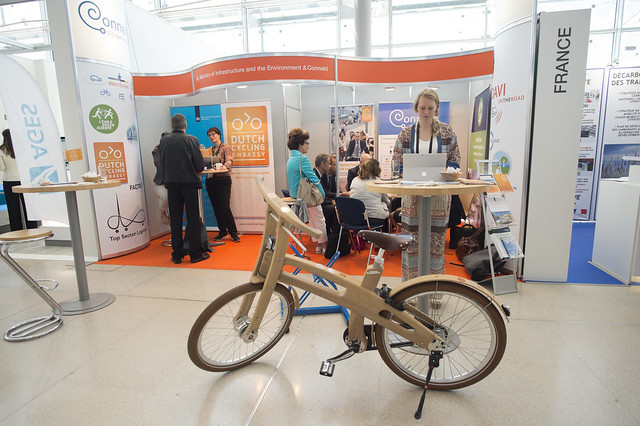 Netherlands Ministry stand