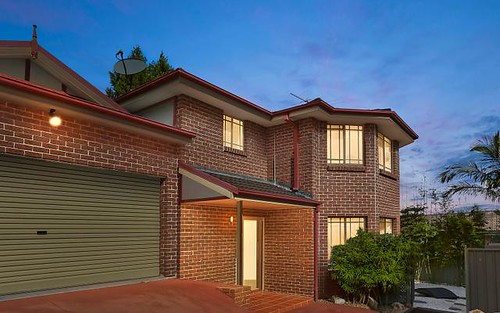 2/736A Henry Lawson Drive, Picnic Point NSW