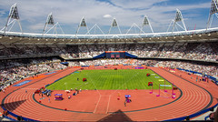 Athletics at the Queen Elizabeth Olympic Park in London (mikecleggphotography) Tags: queenelizabetholympicpark athletics city england field london olympicpark runningtrack sport track uk