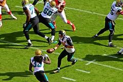 The Hand-off - Kansas City Chiefs v Jacksonville Jaguars - Jaguars plays - 2016 (Dis da fi we (was Hickatee)) Tags: handoff usa kansas arrow head arrowheadstadium arrowhead chief chiefs football americanfootball kansascity