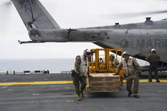 170531-N-NJ416-0045 (SurfaceWarriors) Tags: usnavy ussamerica pacificocean sailors america amphibiousassaultship arg americaamphibiousreadygroup 15thmarineexpeditionaryunit ch53superstallion