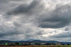 Tormenta con sol (ccc.39) Tags: asturias elfranco valdepares nubes cielo nuboso paisaje casas pueblo aldea clouds sky village