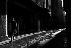 (Sergi_Escribano) Tags: documentaryphotography barcelona loneliness streetsofbarcelona blackandwhite blancoynegro barrigotic backlighting light lightanddarkness monochrome monochromatic monocromático mist city architecture barcelonastreetphotography barrigoticdebarcelona rain autumn sergiescribano