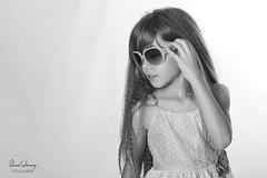 IMG_9821 - e bn t (Daniel JG) Tags: model modelo kid child niño niña smile natural book sesion photo portrait retrato shooting indoors studio estudio funny play playing toy enjoy blonde rubia blue blueyes ojo ojos azules moda danifotografia danieljimenezfotowixcomportfolio danieljg muah makeup hairdresser bn blackandwhite blancoynegro lunettes sunglasses gafas gafasdesol