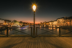 Night lights (Sizun Eye) Tags: pontdesarts seineriver paris france iledefrance candelabre streetlight riverside night lights sizuneye nikond750 nikon d750 longexposure nikkor nikon1424mmf28 1424mm cityscape city