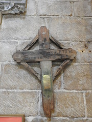 Tewkesbury Abbey 31 May 2017 (Cold War Warrior) Tags: ww1 france royalartillery ra church taphology churchyard cemetery graveyard tewkesbury tewkesburyabbey gloucestershire gunnerwroberts ypres