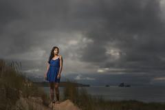 Looking for the sun (Marce Alvarez.) Tags: profoto nikon paisaje liencres marcealvarez modelaje modelo cantabria cantabrico