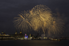 Cunard's Queen Elizabeth - Liverpool (Steve Samosa Photography) Tags: cunard queenelizabeth cruiseship liverpool pierhead firework city nightscene