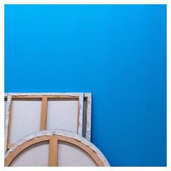 Art minimaliste (objet introuvable) Tags: art minimalism minimalisme cadre contrast musée colors couleurs lumixgx8 lumix panasonic courbes géométrie