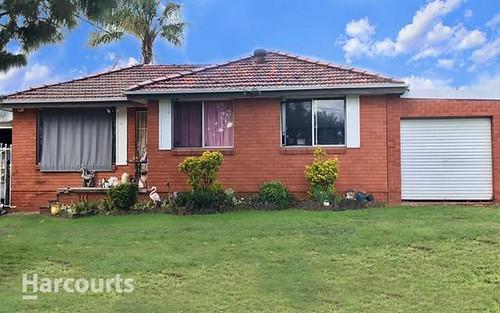 6 Milton St, Colyton NSW 2760