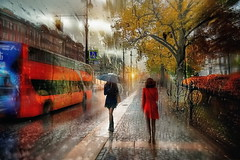 Pioggia (Zz manipulation) Tags: art ambrosioni zzmanipulation rain pioggia city citta people donne traffico via