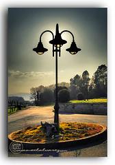 TONOS. (manxelalvarez) Tags: luces sombras colores tonos farolas jardines contraluz atardecer