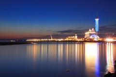 漁人碼頭 (Lavender0302) Tags: 夕陽 漁人碼頭 福容飯店 情人塔 油車口 沙崙 淡水 新北市 台灣 taiwan sunset