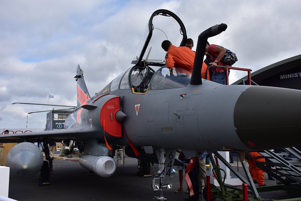 The world 39 s best photos of lebourget and salon flickr - Salon aviation bourget ...