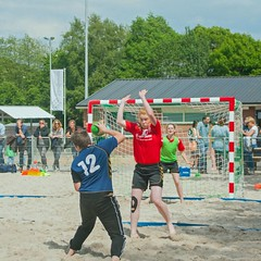 "Beachhandbal Toernooi Winterswijk 2017 • <a style=""font-size:0.8em;"" href=""http://www.flickr.com/photos/131428557@N02/35432855551/"" target=""_blank"">View on Flickr</a>"