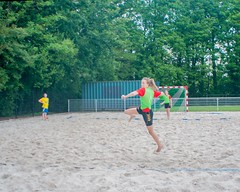 "Beachhandbal Toernooi Winterswijk 2017 • <a style=""font-size:0.8em;"" href=""http://www.flickr.com/photos/131428557@N02/35432856391/"" target=""_blank"">View on Flickr</a>"