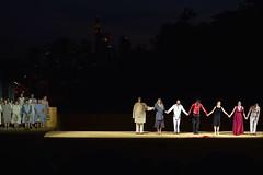 2017 Ödipus vor der Stadt - Ende (mercatormovens) Tags: ödipus schauspielfrankfurt theater weselerwerft openair mainufer ostend frankfurt fluss tragödie menschen kultur