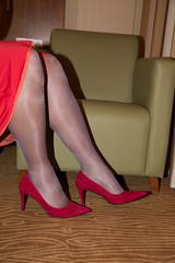 IMG_4806.jpg (pantyhosestrumpfhose) Tags: pantyhose strumpfhose stockings tights collant nylons strümpfe struempfe legs feet shoe schuhe pantyhosefeet pantyhoselegs nylonfeet nylonlegs