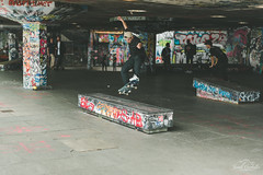 Showing off. (Jordi Corbilla Photography) Tags: waterloo nikon d750 f14 jordicorbilla jordicorbillaphotography streetphotography streetphoto street skating london