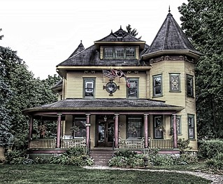 Gananoque  Ontario  ~ Canada  ~ Sleepy Hollow Bed and Breakfast ~ Historical