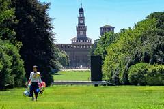 Stroll in Milan #3 (Andrea Boggia) Tags: seller venditore castle sforzesco castello milano parco peddler ambulante park milan street