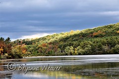 Shawnee State Park (Bryanna_Weaver) Tags: shawneestatepark shawnee pennsylvania bedfordcounty bedfordcountypa pa schellsburgpa statepark fall landscapes water lake nikon lakescapes