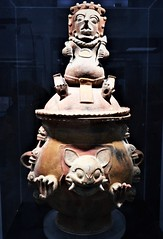 """""""Great urn with lid"""" - ceramic 600-900 AD - Maya culture - from Guatemala (El Quiché) - """"The World that wasn't there / Pre-Columbian art in the Ligabue Collections"""" - Temporary Exhibition, up October 30, 2017 - Naples, Archaeological Museum (Carlo Raso) Tags: quiché guatemala maya naples italy ceramic archaeologicalmuseum ligabue"""